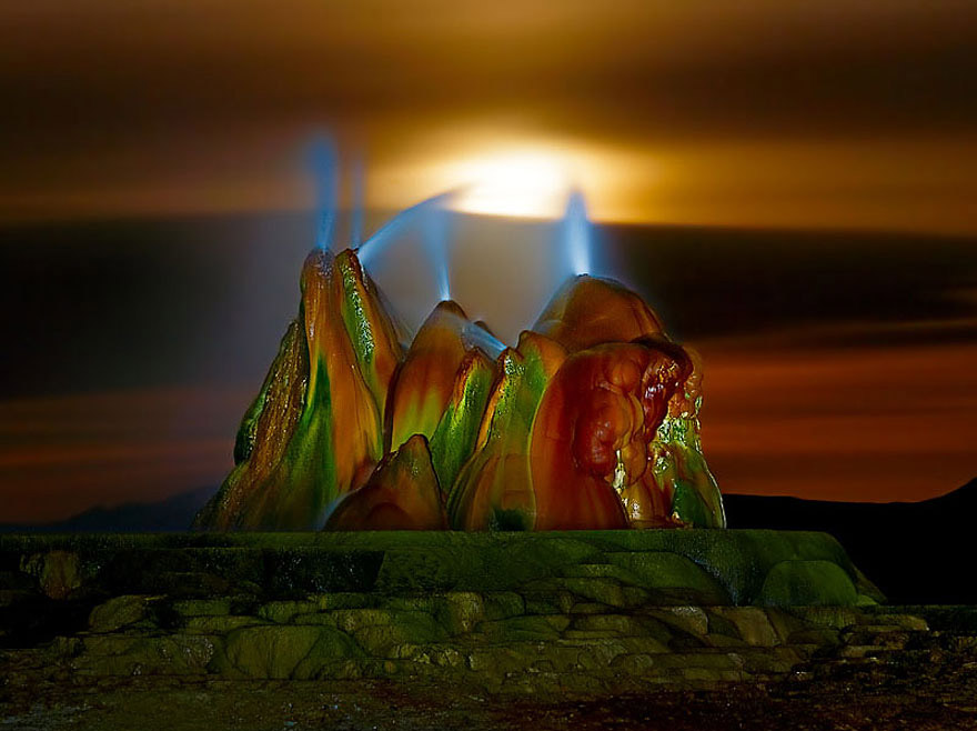 fly-geyser-nevada-5